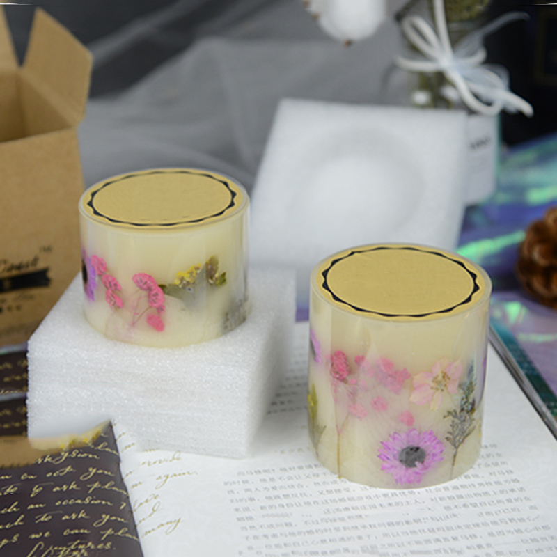 Professional candle manufacturer wholesale scented pillar candle with dry flowers with personalize design and label