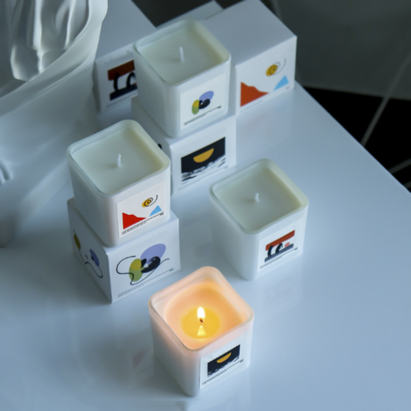 private label-custom scented candles (8).png