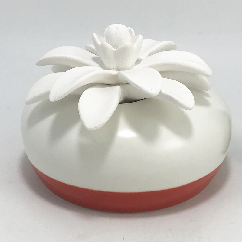 Customized ceramic flower diffuser European with different flowers for home decor